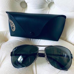 Ray Ban Aviator Sunglasses (Polarized)